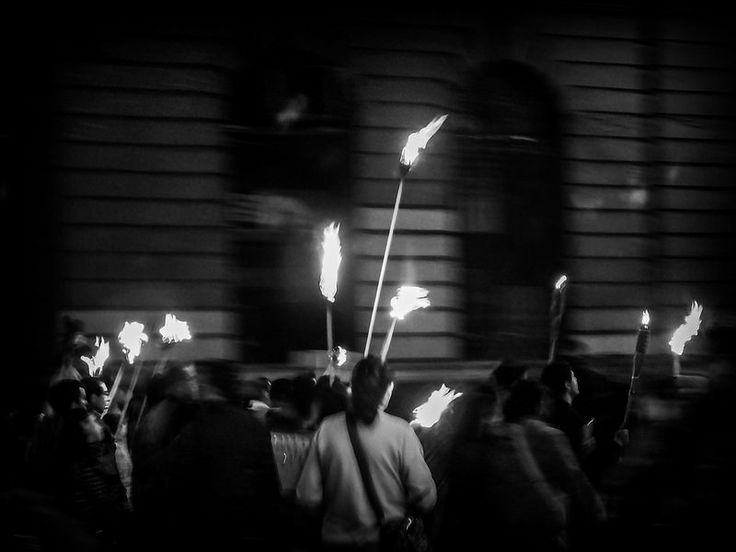 Torches (Mexico City. #Photograph by Gustavo Thomas © 2014)