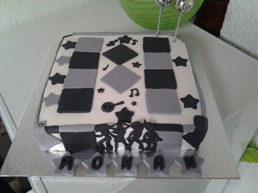Chocolate fudge disco cake