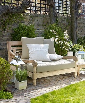 Sambala Outdoor Love Seat #perfectoutdoorliving This would be perfect to pop in the corner of the garden so when all guests are gone you can relax in it and gaze up at the beauty of the night sky