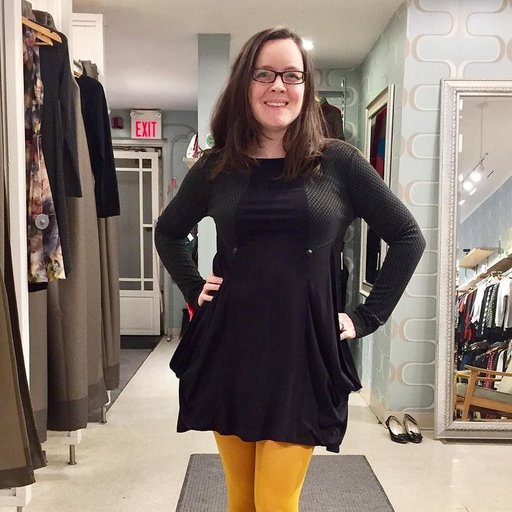 I've been eyeing up the Flor piece from Creations Encore all season. We've got limited sizes left- so come on down! Available at both Flock and Workshop in different patterns. #madeincanada #lifeisgood #skirtgirls #ottcity #myottawa #ottawastyle #613 #curvystyle #powerdressing #bodypositive #bodypositivity #wearcanadian #saletime #ottawafashion #wellingtonwest #adore #wiw #curvesarein #igerscanada #mode #mtl #faitamontreal