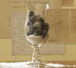'Nieve' y pieza central del cono de pino para una boda de invierno
