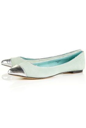 Silver and mint flats