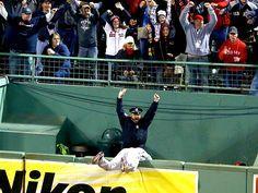 Boston cop celebrates Red Sox home run in viral photo