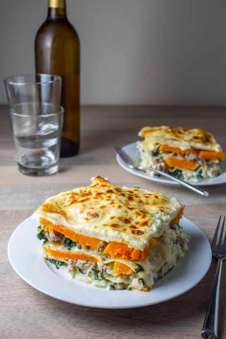 Pasta is the easiest and most affordable way to feed a crowd, and also the most universally well-liked! Everyone loves an extra-cheesy, decadent baked pasta dinner. Here are 15 bake-ahead recipes to freeze and thaw for the right time. From baked ziti to butternut squash and sausage lasagne. For hungry friends or family, show off with these awesome casserole like options.