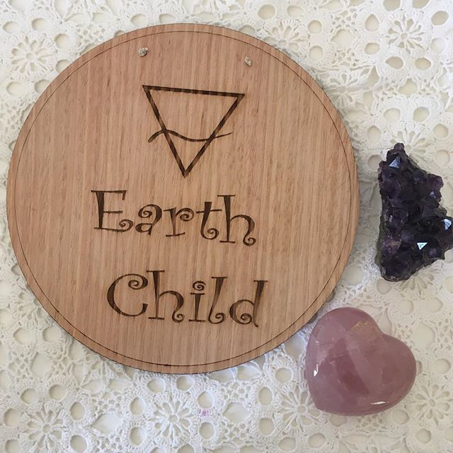 Laser etched timber Earth Child sign. Perfect gift for your little earthling, great baby shower or birthday gift. Unique gift. Check out @akuko_ on instagram for more gift ideas!
