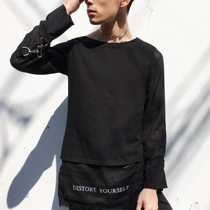 いいね!13件、コメント1件 ― XANADU TOKYOさん(@xanadutokyostocks)のInstagramアカウント: 「ANNDIRK IZM DISTORT YOURSELF GAUZE SHIRT. SIZE| 46 COLOR| BLK COMPOSITION| 100% COTTON PRICE|…」