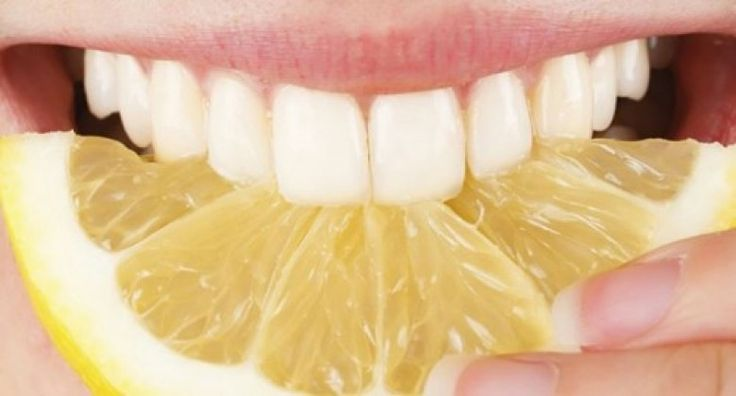 Les Éclaireuses vous exposent leurs meilleures astuces naturelles et simples pour avoir des dents blanches et un vrai sourire de star.