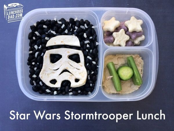 Geeky Dad Makes Adorable Star Wars Lunches For His Kids