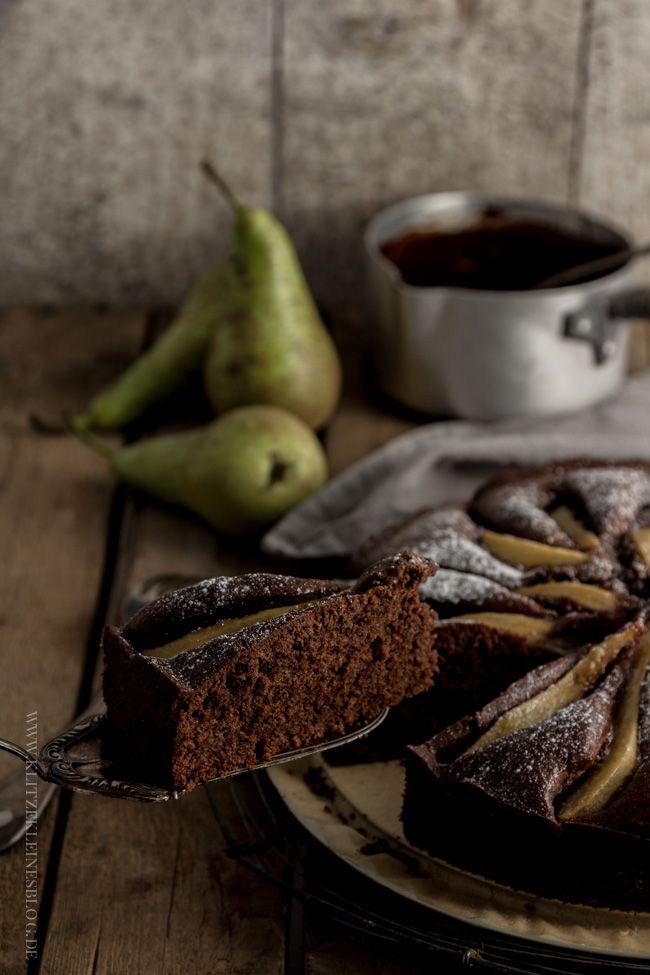 Am Samstagabend um 18.30 Uhr feststellen, dass man ein sehr starkes Verlangen nach einer Kombination aus Birne und Schokolade hat und um 19.30 Uhr einen Kuchen samt der beiden Objekte der Be…