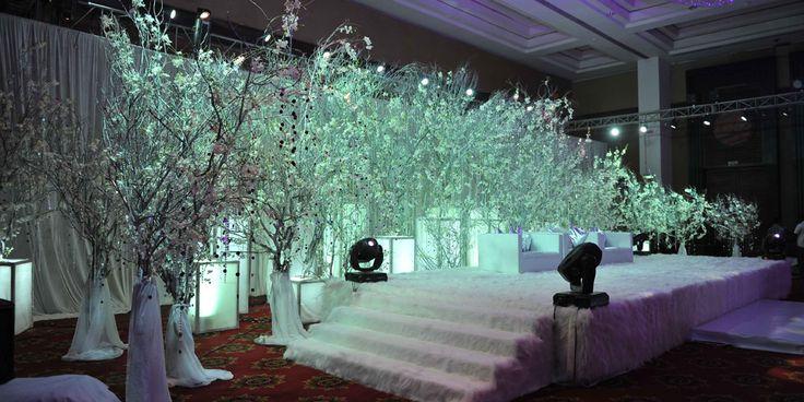 Engagement I Intimate wedding receptions I Parties I Dreamzkraft weddings I Designer weddings I White weddings