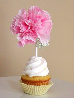 cute: Flowers Toppers, Cupcake Liners, Cupcake Liner Flowers, Cupcakes Toppers, Paper Flowers, Diy Cupcakes, Cupcakes Wrappers, Cupcakes Rosa-Choqu, Cupcakes Liner Flowers