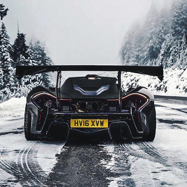 McLaren P1 LM in the snow jetzt neu! ->. . . . . der Blog für den Gentleman.viele interessante Beiträge  - www.thegentlemanclub.de/blog