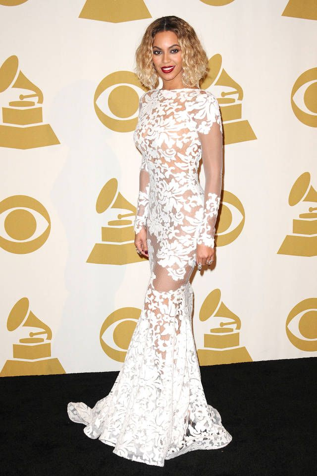 Click through to see last night's best looks from the pre- and post- Grammy's parties. .