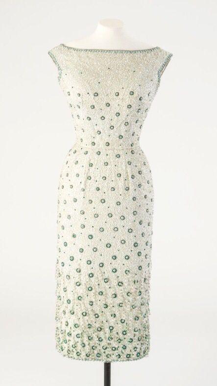 Beautiful dress worn by Elizabeth Taylor, designed by Norman Hartnell, 1958.