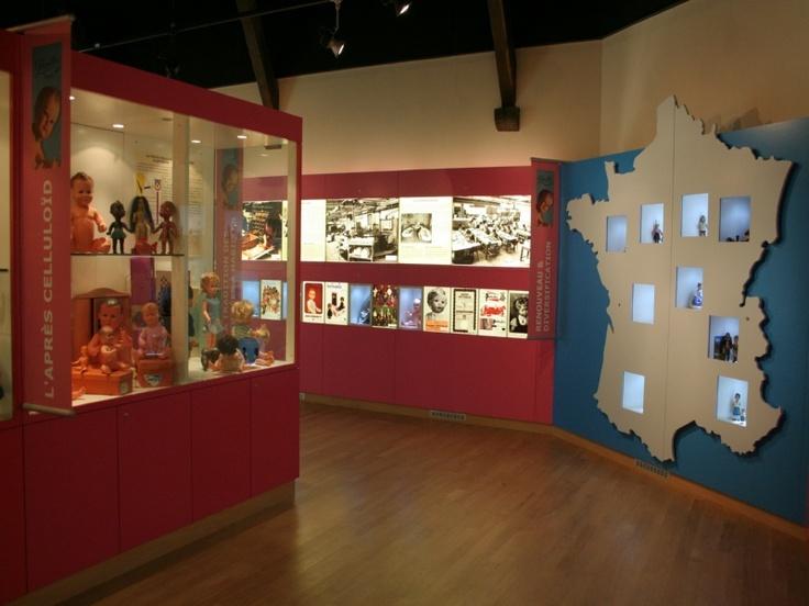 Musée et fabrique de poupées Petitcollin à Etain.