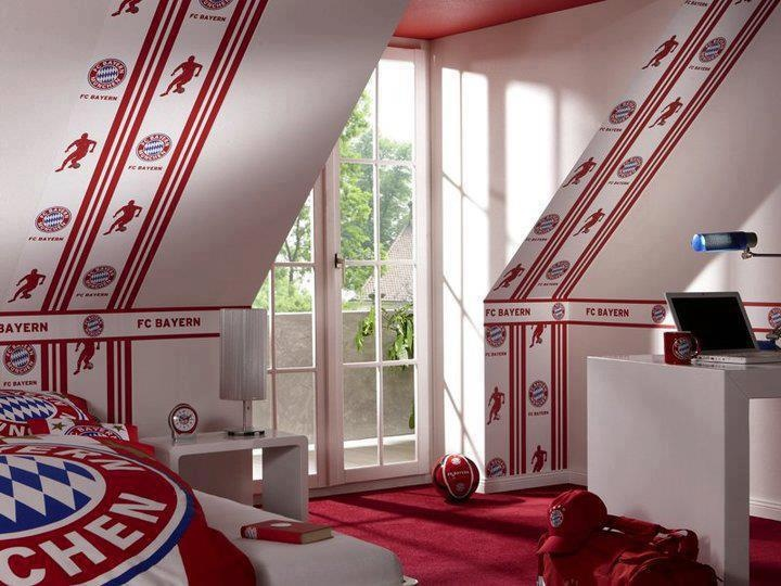 Someone's awesome room.