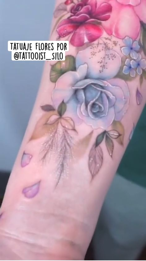 Cool Tattoos, Tatoos, Flower Doodles, Arm Tattoo, Watercolor Tattoo, Tatting, Flowers, Tattoos, Flower Tattoos