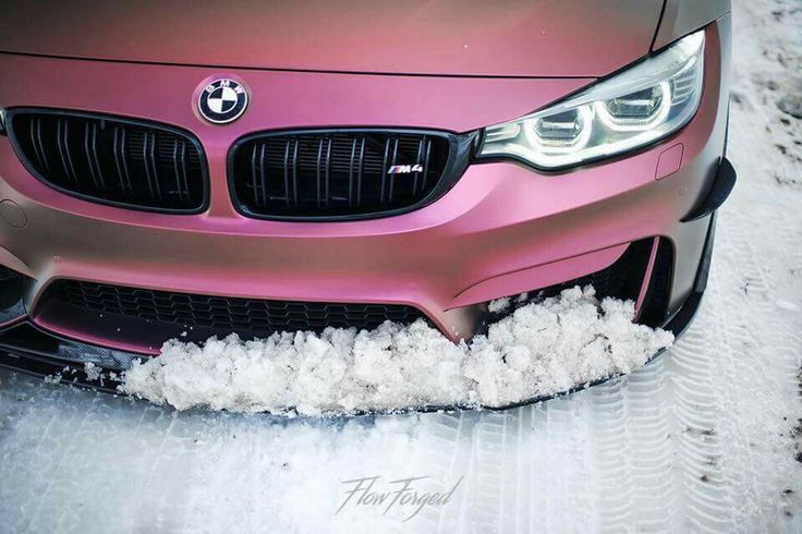 BMW F82 M4 purple snow