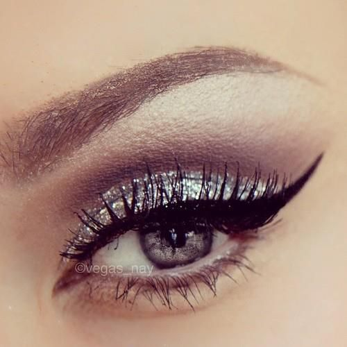matte brown and silver glitter do my eyes like this for date night.