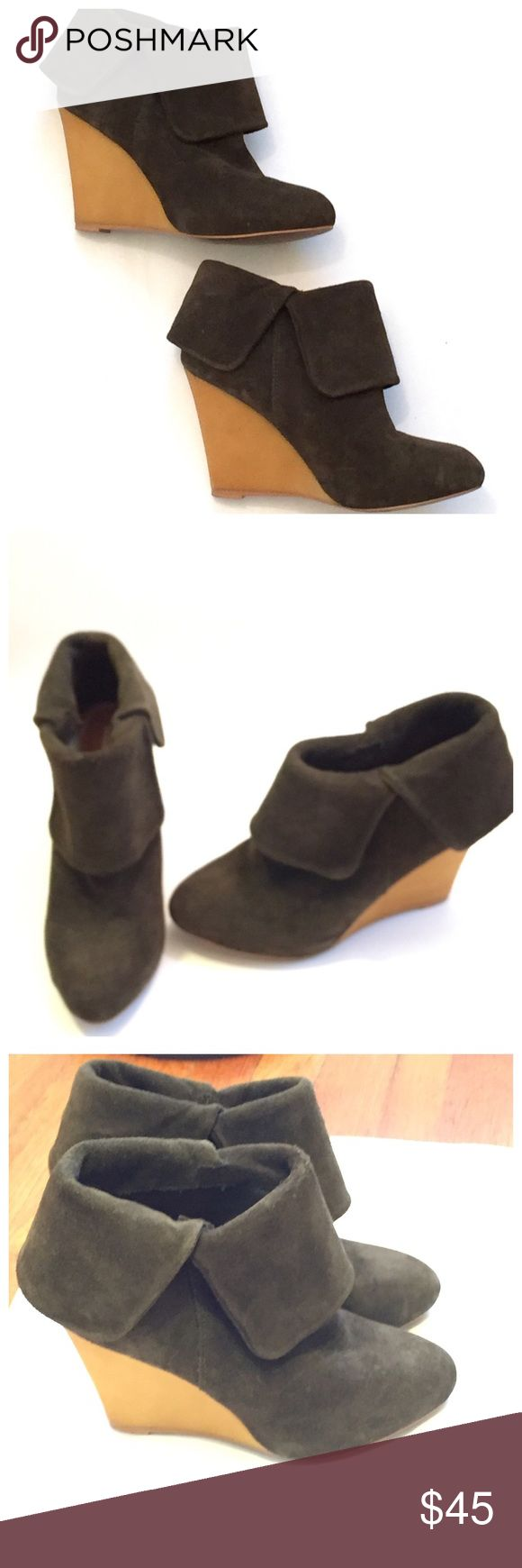 Zara Dark Green Suede Wedge Ankle Booties 8 ▪Stylish booties by Zara  ▪️Worn once. I just don't have much that goes with them.  ▪Size 38/8. Color is dark green! Best represented by last picture (very 1st one) ▪I can't find any material info written on the boots so I am unsure if they are real or faux suede. Most likely faux. Little to no marks on them. They are in great shape. ▪No trades!  ▪️Reasonable offers only! Zara Shoes Ankle Boots & Booties