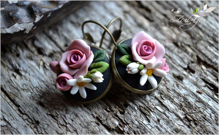 Vintage spring flowers- polymer clay roses and daisies by Zubiju. ||  ♡ HOW BEAUTIFUL!  ADD A TEENY FORGET-ME-NOT, AND IT WOULD BE PERFECT!!!  ♥A