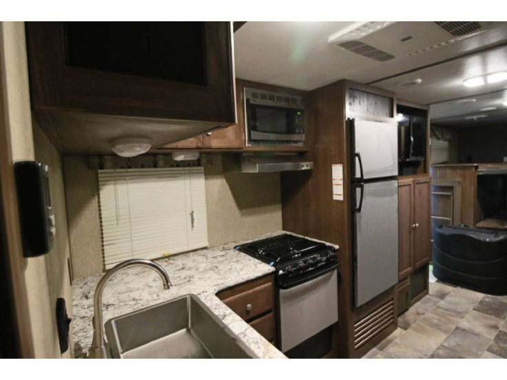 Check out this 2017 Keystone SPRINTER 29BH listing in AKRON, OH 44312 on RVtrader.com. It is a Travel Trailer and is for sale at $31121.