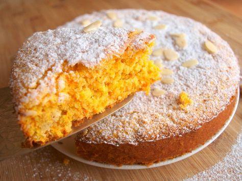"""Tento koláč je švýcarskou specialitou zvanou """"rüblitorte"""", pojí se v něm výrazná citronová chuť spolu s lahodnými mandlemi. Možná vypadá jako celkem obyčejná buchta, ale překvapí Vás zajímavou a výbornou chutí. :) Na koláčovou formu o průměru cca 28cm budete potřebovat: 5 vajec 200g cukru 250g mrkve 250g mletých mandlí 80g mouky 1 lžíci kypřicího …"""