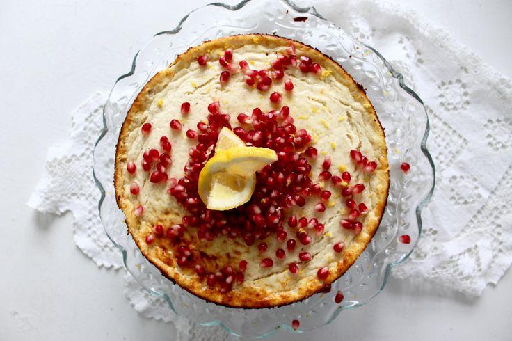 Sund cheesecake med skyr, hyldeblomst og havtorn / Healthy cheesecake with skyr, elderflower and sea buckthorn