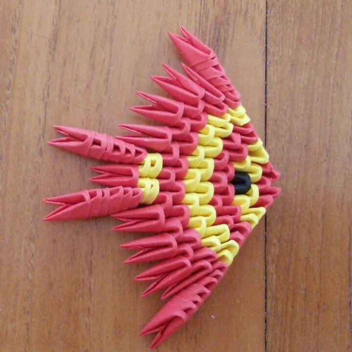 Pesce origami 3d giallo e rosso