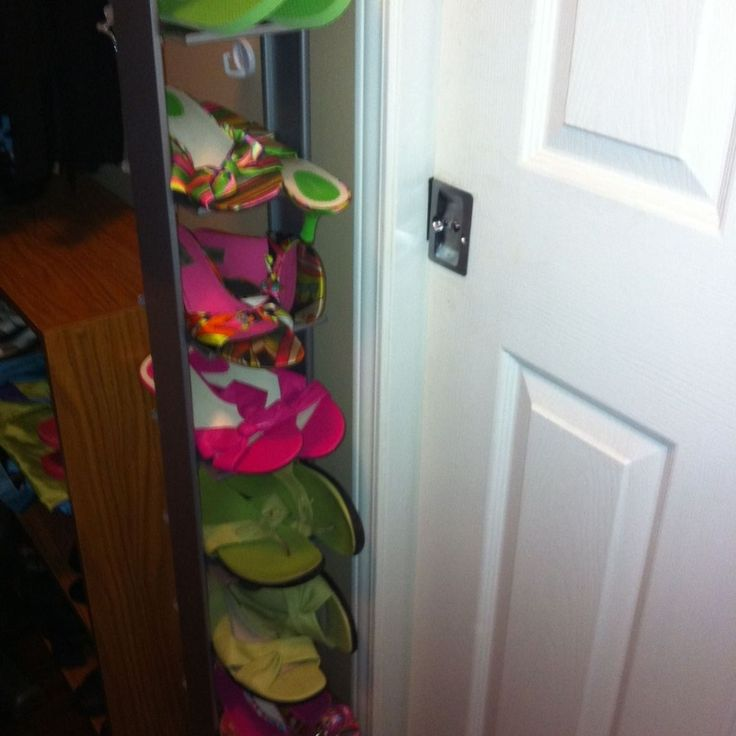 CD Tower Turned Shoe Rack