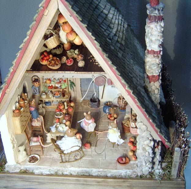 1000+ Images About Dollhouses & Fairy Houses On Pinterest
