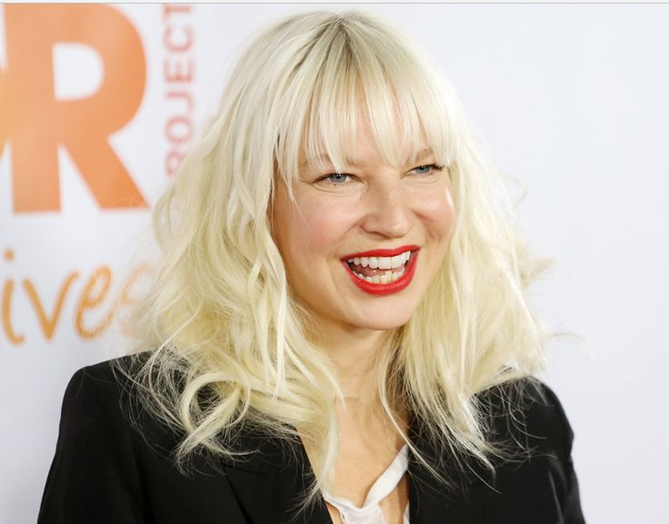 Sia Height, Age, Bio, Net Worth, Weight, Net Worth Wiki