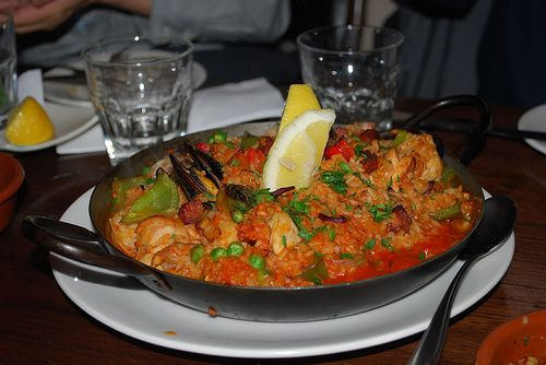 Learn all about traditional paella making in Murcia and enjoy what is on offer in this great city.