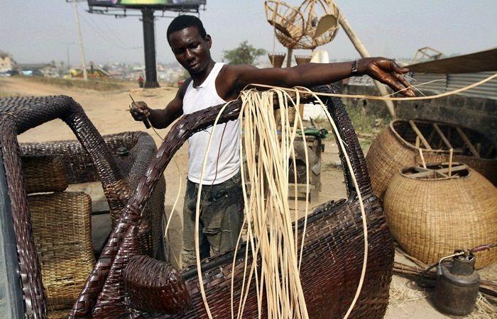 O nigeriano Ojo Obaniyi ficou famoso na África e munidalmente neste início de ano após usar, de forma criativa e inusitada, suas habilidades...