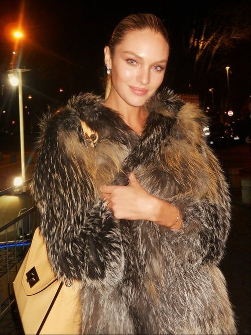 Love face, would've loved the coat in faux fur.