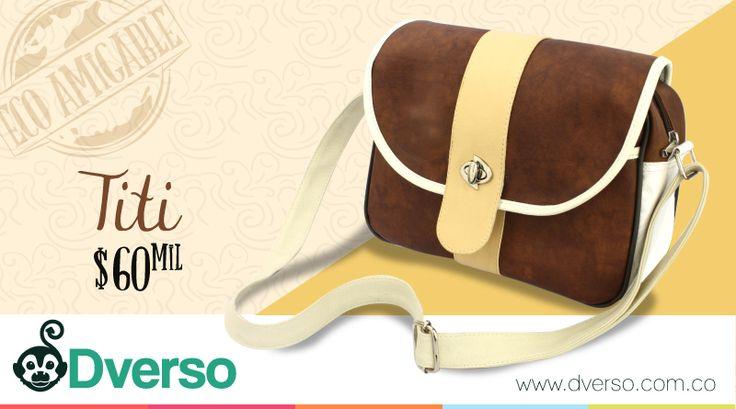 Titi es un bolso pequeño y práctico.