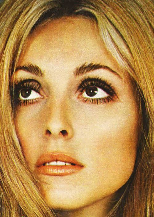 "lovesharontate: "" Sharon Tate on the cover of Spain's, 'Nuevo Fotogramas Magazine', 1969 """