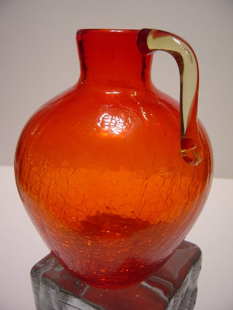 Retro Modern Tangerine Crackle Glass Jug Vase    luv this vintage stuff!