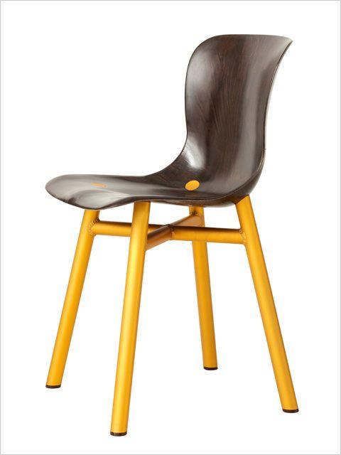 Wendela, mødestol, kantinestol, gæstestol med guldfarvede ben. Golden leg chair, conference chair, dining chair.