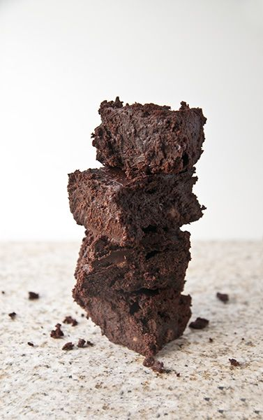 Gluten free, flourless, fudgy triple chocolate brownies | Must Eat ...