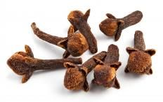 One thing came out of the slave trade. Arabs, Indians, and Swahili used slaves to grow clove. Without clove, we would never have clove gum, so there's that. Sub-Saharan countries were doing alright, all the new commerce was pushing them higher. In northern Africa, Islamization linked to slave trading. One state broke up, Songhay, but it was followed by The Bambara of Segu who were pagan, and Muslim Hausa states. Most followed African religions. A few were benefiting from selling each other.