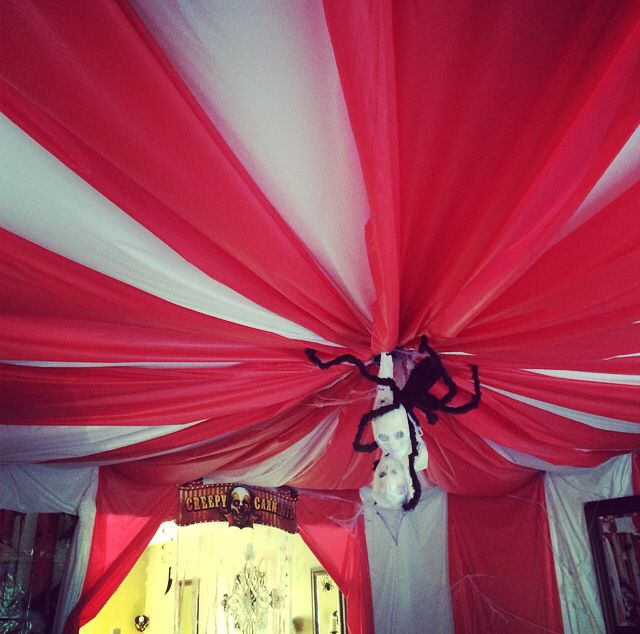 Freak show inspired tent. Carnival theme Halloween Party.