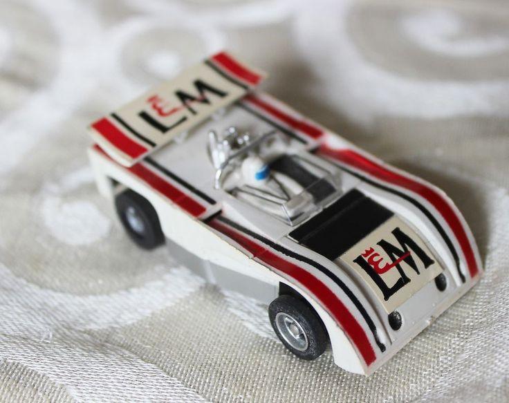 AFX Aurora L & M Lola t-260 Can AM Vintage HO Slot Car White