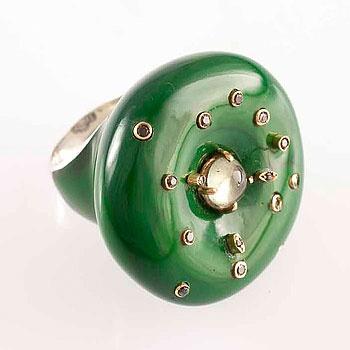 Anel de prata 950 (18 gr), ouro (2 gr), brilhantes e turmalina verde( 1,5 ct) .