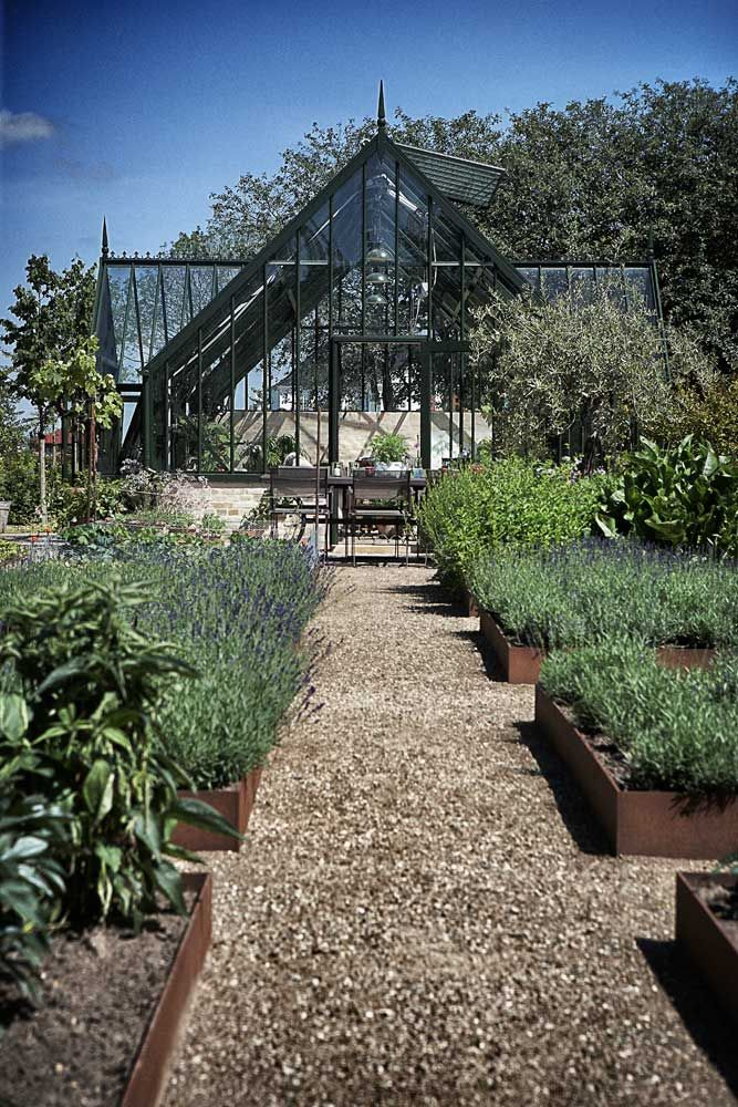 herb garden -- photo by Anders Schønnemann