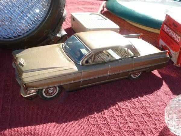 Antique Tin Friction Car, ** Cadillac ** ( NICE ) - $70