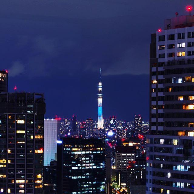 Instagram【catshark109】さんの写真をピンしています。 《#夜景 #100万ドルの夜景 #夜景倶楽部 #東京 #東京夜景 #写真 #写真撮ってる人と繋がりたい #写真好きな人と繋がりたい #ビル #大門 #浜松町 #マンション #タワーマンション #東京湾 #幕張海浜公園 #観覧車 #都市 #最高の夜景 #tokyo  #nightview #japan #hamamatsucho #tokyobay #night #bills #bayoftokyo #東京スカイツリー #スカイツリー #tokyoskytree #skytree》
