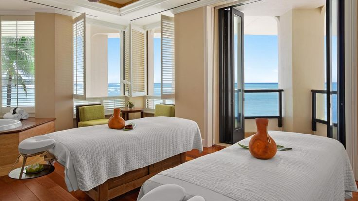 Moana Surfrider, A Westin Resort & Spa, Honolulu, Oahu, Hawaii | Nyhavn Rejser