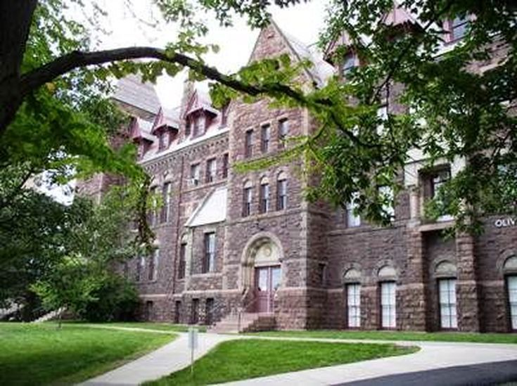 Discover Cornell College in This Picture Tour