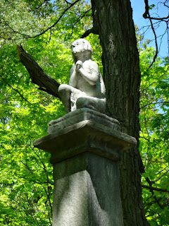 Albany Rural Cemetery - Beyond The Graves: The Kneeling Child